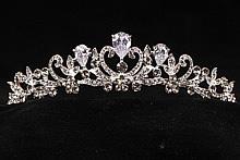 диадемы (короны, тиары) - свадебные диадемы средней высоты украшения для волос невесты