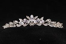 диадемы (короны, тиары) -плетеная диадема золотистая для невесты купить в москве