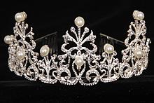 диадемы (короны, тиары) - диадема со стразами фото