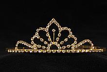 диадемы (короны, тиары) - очень высокая серебристая диадема, фото, каталог, цена