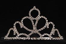 высокая золотистая диадема со стразами в форме короны - купить не дорого