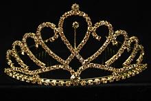 высокая золотистая стразовая диадема в форме короны, купить в москве