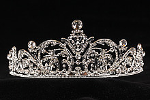 диадемы (короны, тиары) - оригинальная свадебная диадема с цирконами и стразами