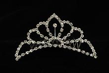 диадемы (короны, тиары) - диадемы-гребни серебристого цвета для высокой прически