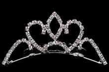 диадемы, гребни, тиары - стразовая серебристая диадема на свадьбу или выпускной