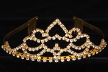 диадемы (короны, тиары) - смотреть онлайн коллекцию свадебных диадем ручной работы
