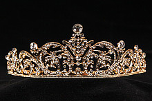 диадемы (короны, тиары) - недорогая стразовая диадема на свадьбу картинки
