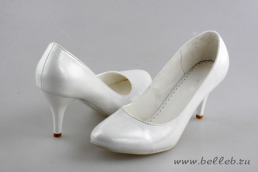 Обувь в стразах сваровски