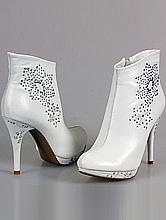 сапожки ботильоны белого цвета на высоком каблуке, интернет-магазин, купить недорого