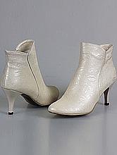 обувь на свадьбу, сапожки цвета айвори, фото с ценами, каталог