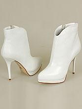 белые кожаные сапожки на высоком каблуке №177
