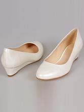 обувь на свадьбу, кожаные туфли цвета айвори на танкетке, каталог, цены, интернет-магазин