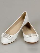 белые балетки, украшенные серебристой стразовой вставкой, фото, каталог