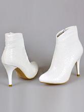 свадебная обувь, свадебные полусапожки молочного цвета на среднем каблуке