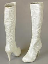 высокие сапоги цвета айвори (шампань, светло-бежевый) на среднем каблуке, фото, каталог