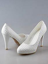 обувь на свадьбу, белые свадебные туфли на платформе со стразами, фото, каталог и цены